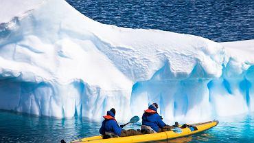Zatoka Glacier, USA - kajakiem / fot. Shutterstock