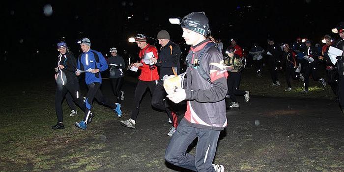 Warszawa Nocą - etap 3, nocne biegi na orientację na Polu Mokotowskim