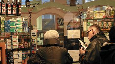 Ministerstwo Zdrowia chce ograniczyć ilość leków, które będzie można kupić podczas jednej wizyty w aptece