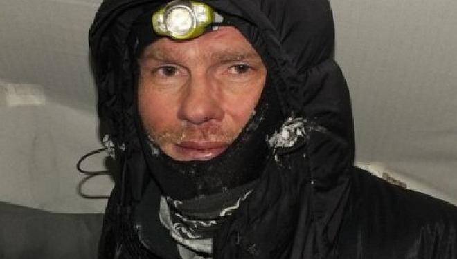 Powodem śmierci Witalija Gorelika były powikłania po poważnych odmrożeniach dłoni i nóg, jakich wspinacz nabawił się kilka dni wcześniej, podczas poręczowania powyżej obozu drugiego (ok. 7000 m n.p.m.) na K2
