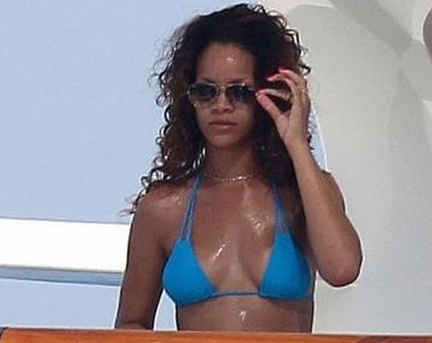 Rihanna duża cipka