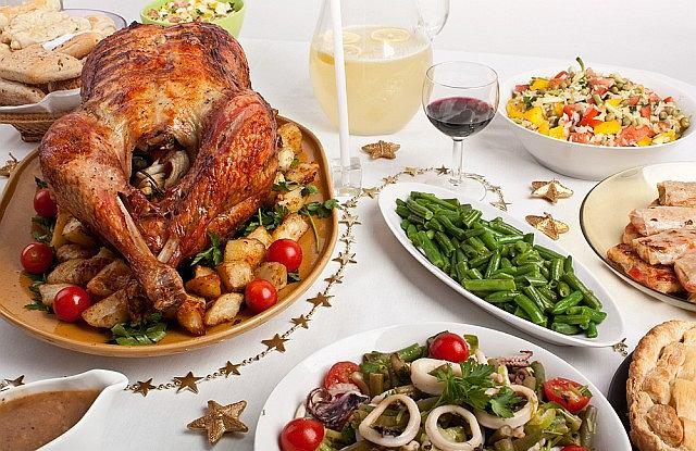 W czasie świąt przy stole siedzimy często przez kilka godzin i tylko zmienia się zestaw potraw przed nosem