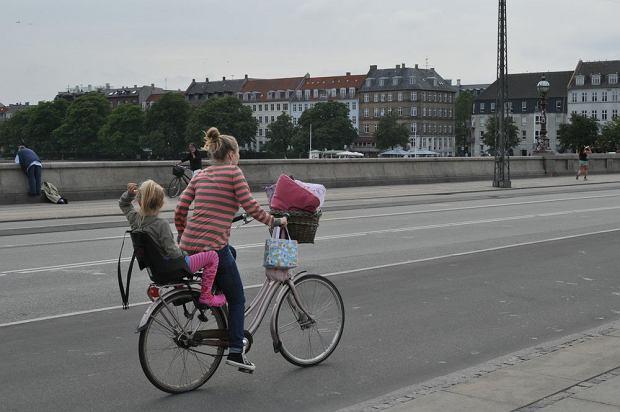 Na rowerze w ciąży: Jak jeździć? Na co zwrócić uwagę?