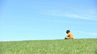 W odróżnieniu od autyzmu, w zespole Aspergera nie występują problemy z mową ani zaburzenia procesów poznawczych