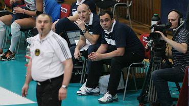1. mecz finału play-off PlusLigi kobiet. Muszynianka  - Atom Trefl 3:0. Trener Bogdan Serwiński