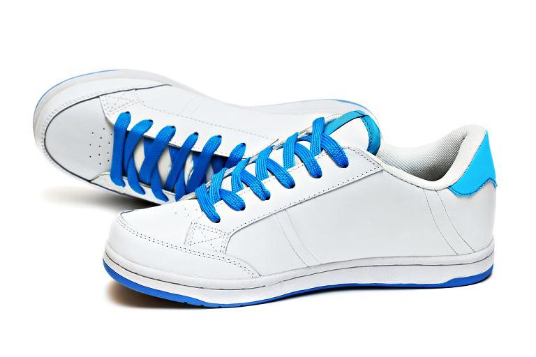 Dbaj o buty sportowe.