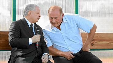 Prezes PiS Jarosław Kaczyński i Jan Tomaszewski w czasie kampanii wyborczej do parlamentu
