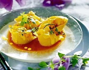 Makaron muszle (conchiglie) z łososiem