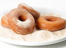 Doughnuts (amerykańskie pączki z dziurką) - ugotuj