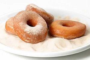 Doughnuts (amerykańskie pączki z dziurką)
