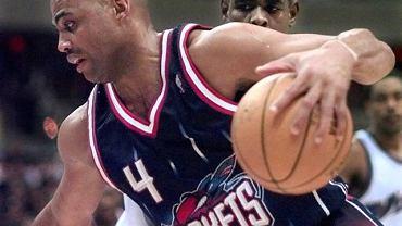 Charles Barkley w latach kariery w NBA (zdjęcie z 1998 r.)