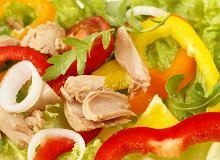 Sałatka z tuńczykiem i papryką - ugotuj
