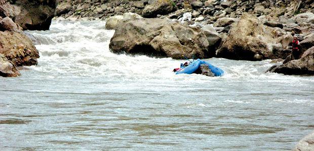 Rafting na rzece Kaligandaki w Himalajach