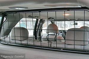 Rząd chce do 2013 r. ograniczyć ulgi w VAT dla aut z kratką