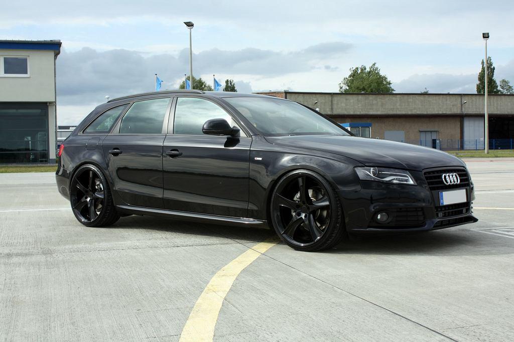 Audi A4 Black Arrow