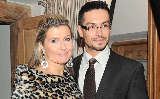 Katarzyna Skrzynecka ma 39 lat. Jej mąż ma 35 lat. Ponoć Kasia jest w ciąży, czego z całego serca gratulujemy.
