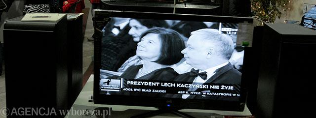 Sobotnie uroczystości żałobne na warszawskim Placu Piłsudskiego obserwowało przed telewizorami 5,6 mln osób