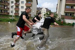 Powódź: Saksonia się uczy. Dolny Śląsk słabo
