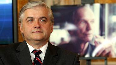 Włodzimierz Cimoszewicz podczas spotkania na Zamku Królewskim w Warszawie z okazji 10. rocznicy śmierci Jana Karskiego. Zdjęcie z 13 lipca 2010 roku