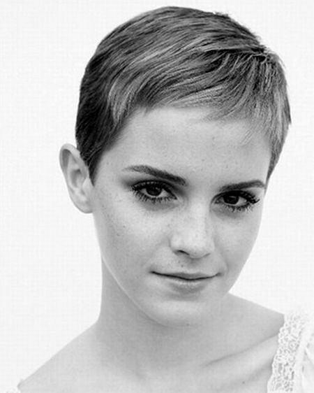 Nowa fryzura Emmy Watson