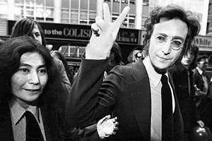 John Lennon z żoną Yoko Ono.