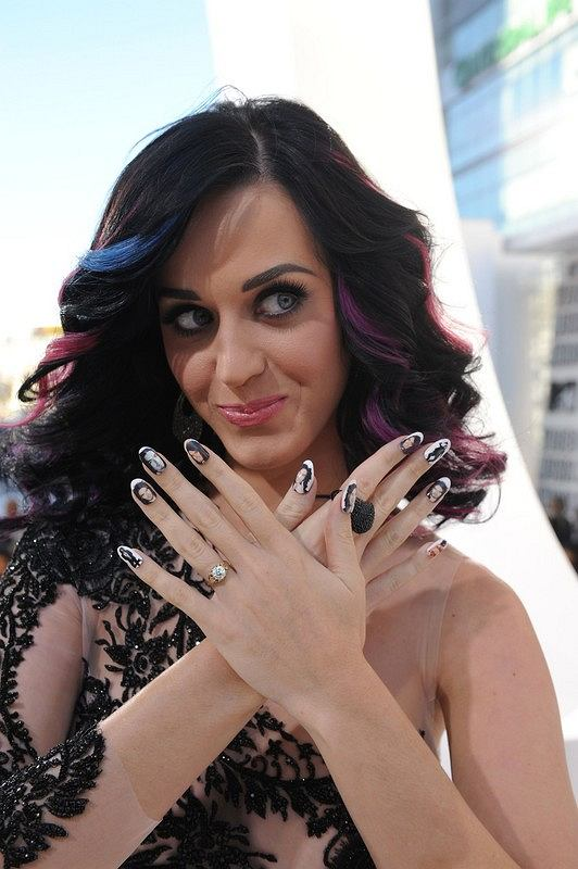 Manicure Katy Perry
