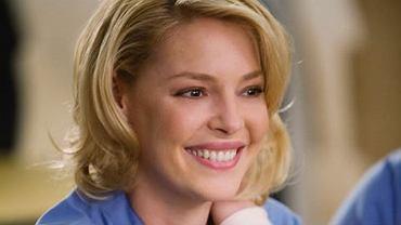 """Katherine Heigl z """"Chirurgów"""" przefarbowała włosy. Fani: Wyglądasz staro"""