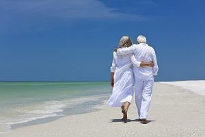 Triada wysyła seniorów na Cypr