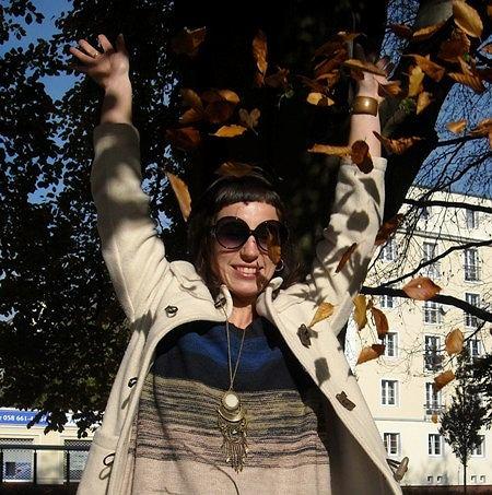 płaszcz - vintage, sweter - H&M, legginsy - Vero Moda, okulary - Reserved, buty - H&M, naszyjnik - H&M