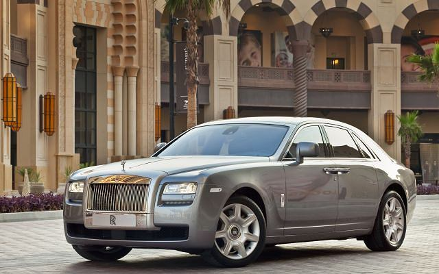 Rolls-Royce Ghost w Doha, stolicy Kataru