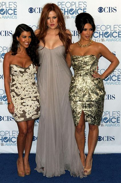 Kourtney Kardashian , Khloe Kardashian i Kim Kardashian