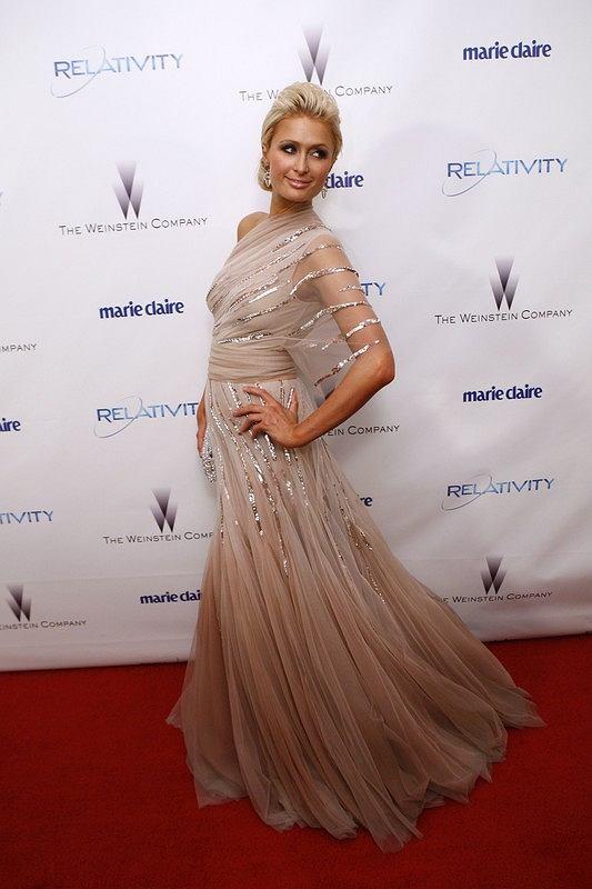 Paris Hilton - Złote Globy 2011