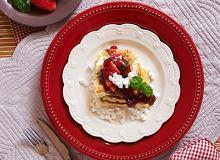 Omlet francuski z konfiturą truskawkową - ugotuj