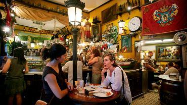 Spotkania w barach tapas to dla Hiszpanów styl życia