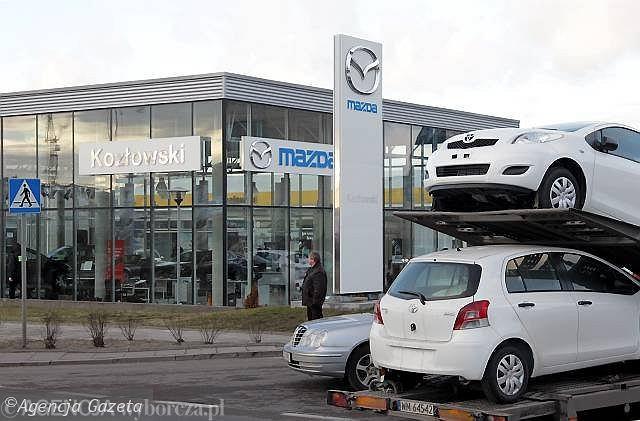 Salon sprzedaży samochodów Mazda
