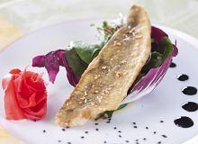 Okoń słodkowodny w sezamie z imbirem i kremem balsamicznym - ugotuj