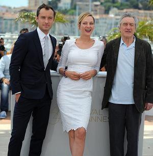 Znane jury 64. Festiwalu Filmowego w Cannes, Uma Thurman, Jude Law i przewodniczący jury  - Robert De Niro