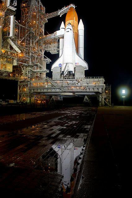 STS-134 na wyrzutni.