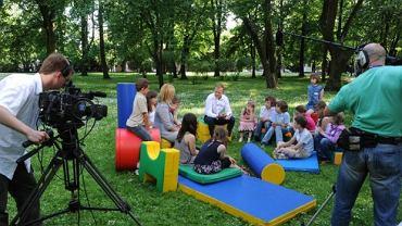Premier Tusk spotkał się z dziećmi w Dniu Dziecka i odpowiadał na ich pytania.