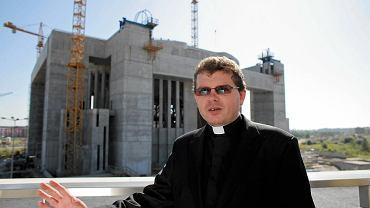 Ks. Krzysztof Mindewicz na budowie Świątyni Opatrzności Bożej w Wilanowie - rok 2009