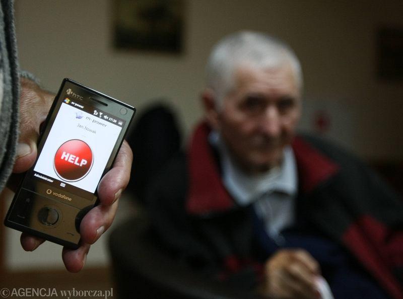 Czy interfejsy współczesnych urządzeń są zrozumiałe dla seniorów?