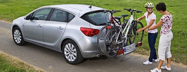 Przepisy   Zrobią porządek z tablicami na bagażnik rowerowy
