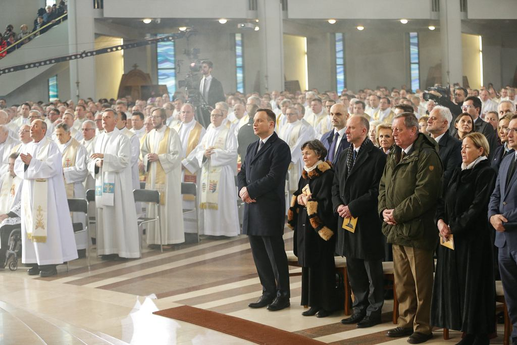 Udział Prezydenta RP we Mszy Świętej z okazji Jubileuszowego Aktu Przyjęcia Jezusa Chrystusa za Króla i Pana