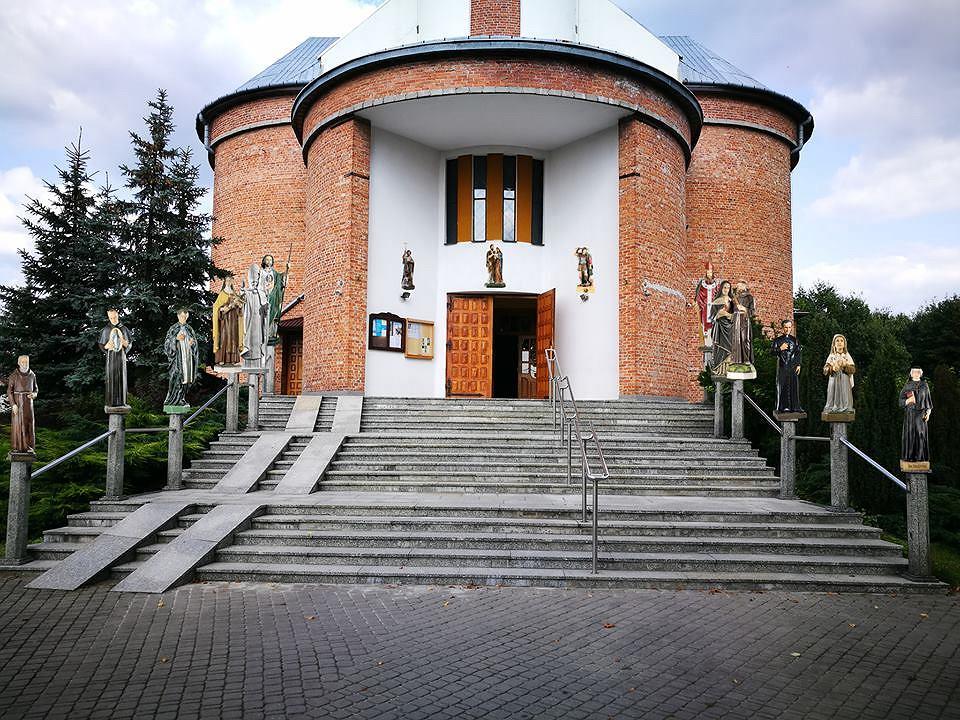 Parafia MB Śnieżnej w Zarzeczu