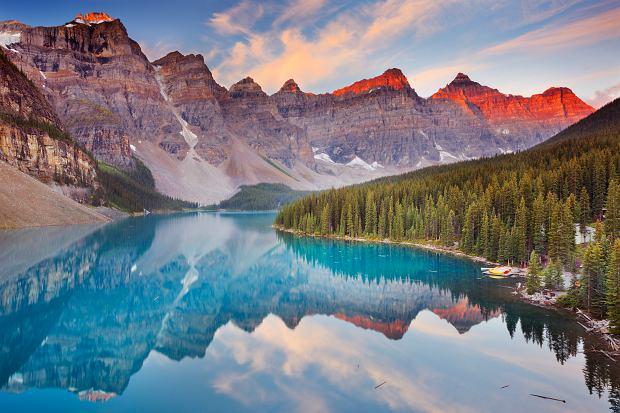9 atrakcji Kanady i Alaski - jeziora, wodospady i wulkany