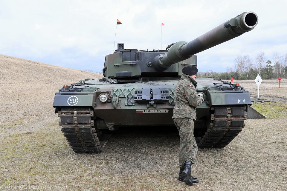 Czołg Leopard, 1 Warszawska Brygada Pancerna. Obchody 20-lecia akcesji Państw Grupy Wyszehradzkiej do NATO. Wesoła, 10 marca 2019