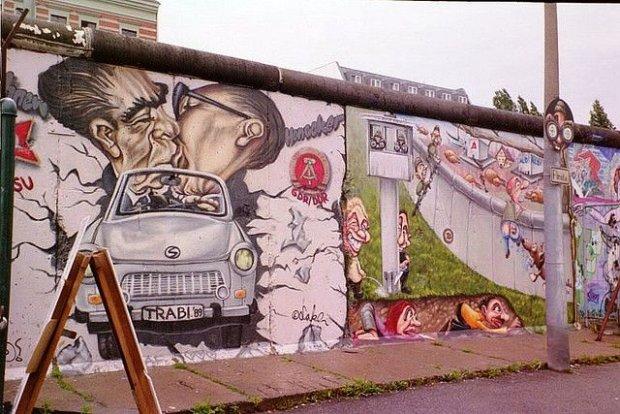 Mur w 2002/ Fot. CC BY 2.0/ Carolyn/ Flickr.com