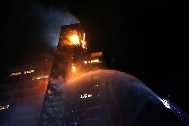 Chile. Budynek firmy Enel podpalony przez protestujących.
