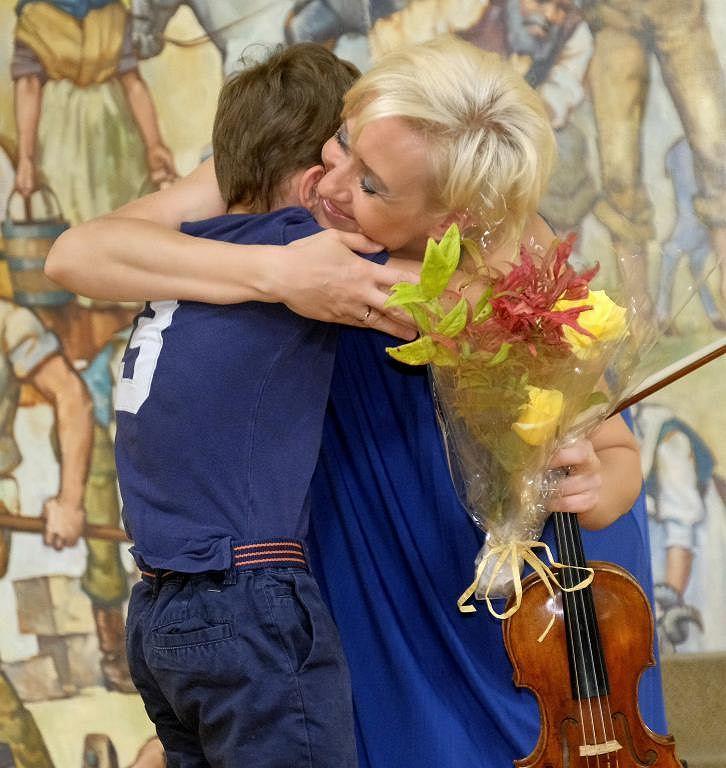 Patrycja Piekutowska z synem Antosiem