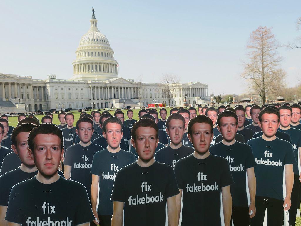 Protest przeciwko Facebookowi
